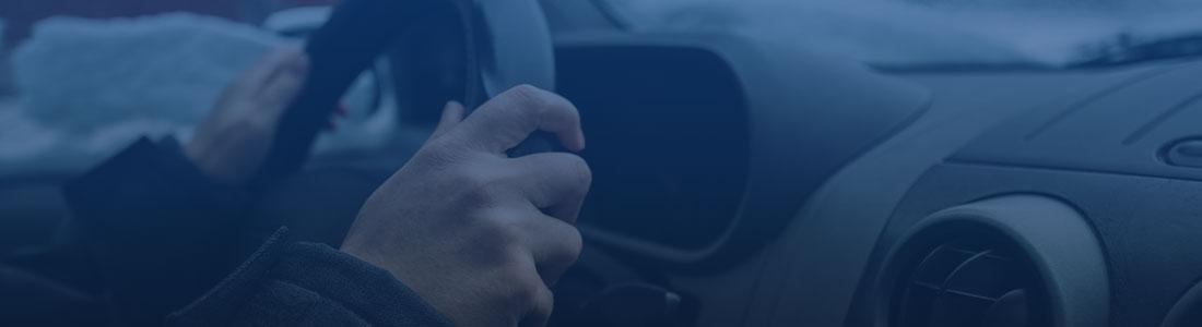 Cuidados essenciais com o carro nas manhãs geladas de inverno.