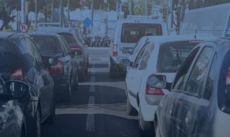 Vai viajar no carnaval? Veja dicas importantes para poupar seu carro caso enfrente um congestionamento.