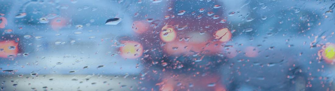 Dirigir na chuva exige ATENÇÃO!