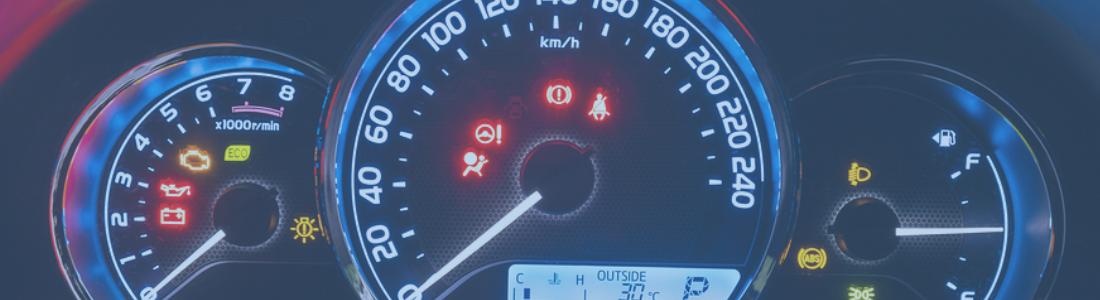 Você sabe o significado das luzes no painel do seu carro?